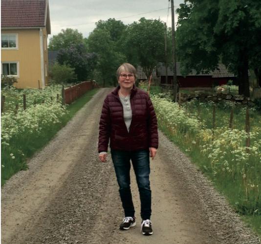 Mia och Johanna Ursjö bidrar till (1:6) och två hästbilder (1:4) är tagna av Lena Tedefalk